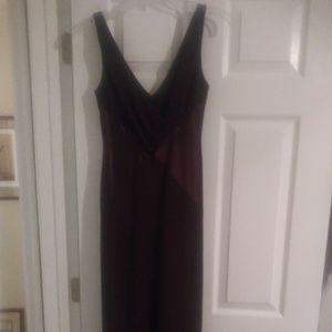 Jones New York sleeveless evening gown